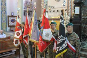 sztandary msza żołnierz