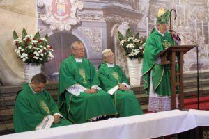 biskup Dec msza