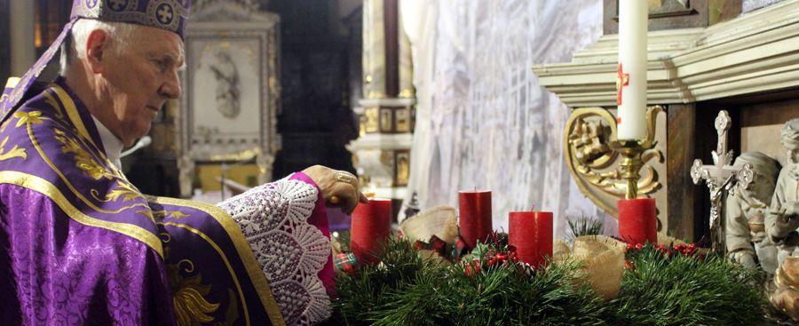 Czas, aby pełniej i pobożniej przeżywać Eucharystię