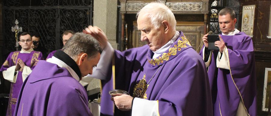 Środa popielcowa. Biskup mówił o tabletkach