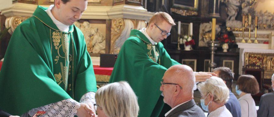Neoprezbiterzy z błogosławieństwem